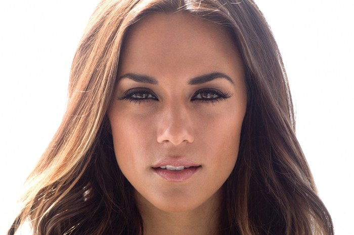 Jana Kramer Reveals She Had A 'Panic Attack' After Flying To Canada Amid Coronavirus Pandemic