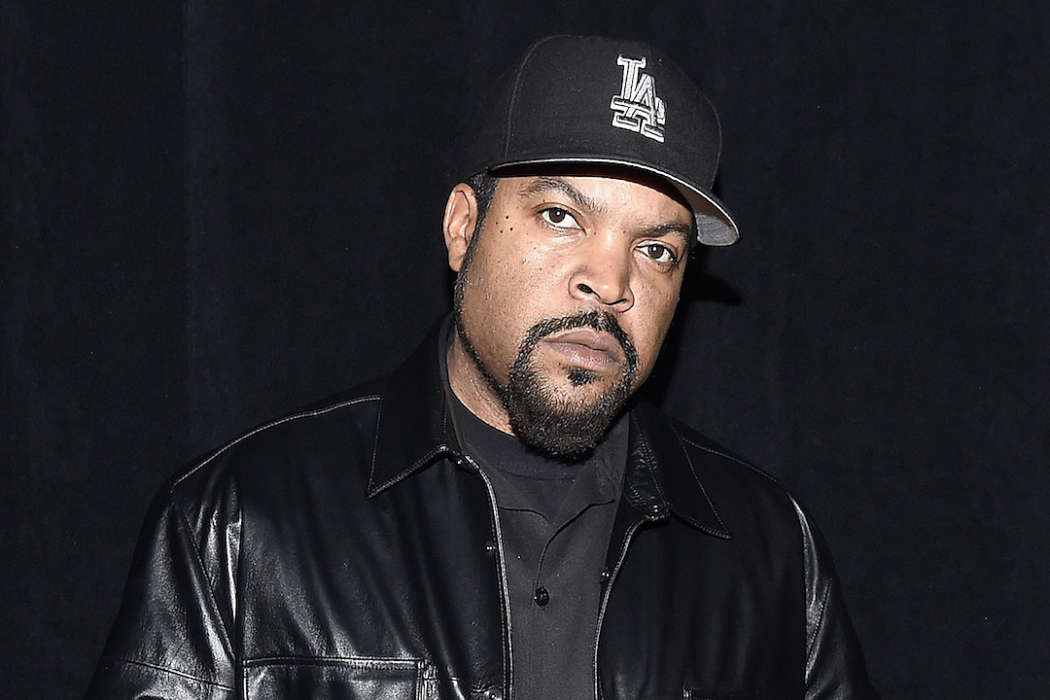 """""""ice-cube-defends-himself-again-after-social-media-blasts-him-for-working-with-president-trump"""""""