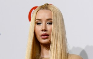 Iggy Azalea Introduces Her Son With The First Pics Of His Face Since Giving Birth!