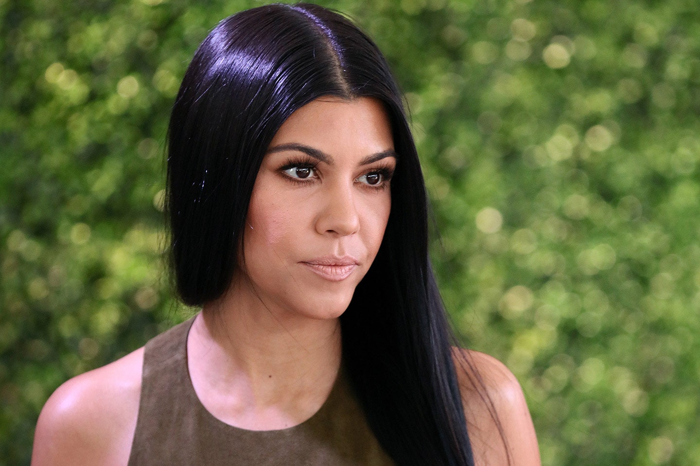 kuwtk-kourtney-kardashian-gets-criticism-for-referring-to-herself-as-moana-in-new-bathing-suit-pics-youre-white