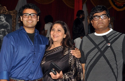 Ashok Saraf family photos | Celebrity family wiki