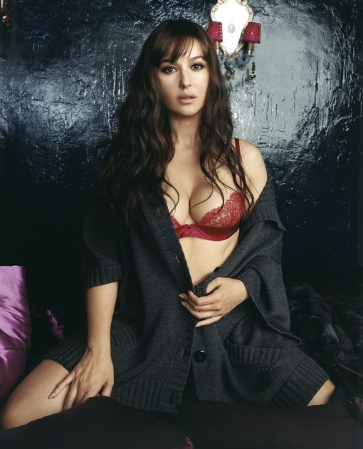 Monica Bellucci Hot Scenes, Pictures - Hot Wallpapers