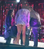 jenni_jwoww_farley_upskirt_at_new_years_eve_party_in_times_squares_02