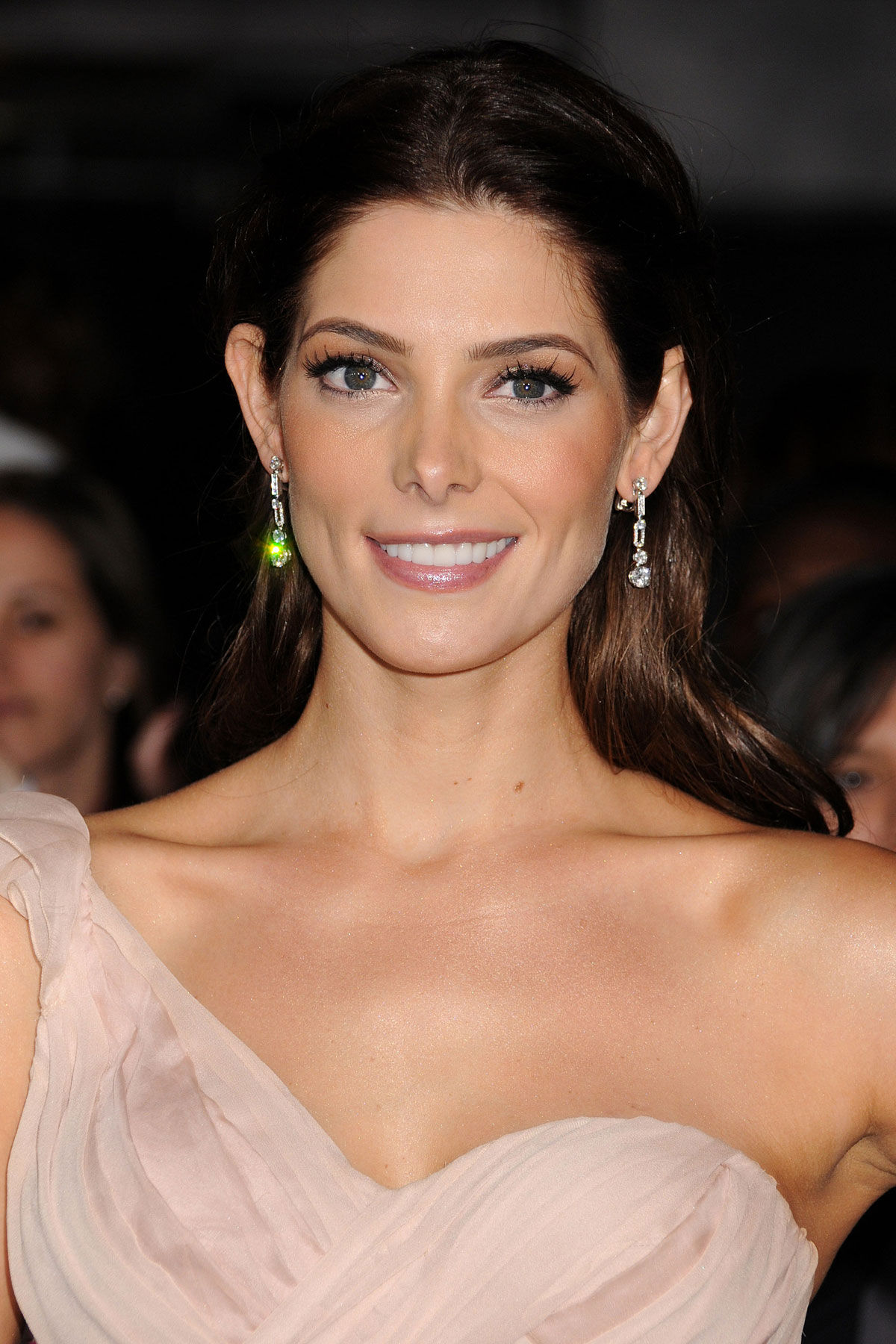 Ashley Greene Bra Size Age Weight Height Measurements