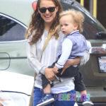 Natalie-Portman and her son Aleph