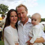 Iain glen with her daughter Juliet Glen nad partner Charlotte Emmerson