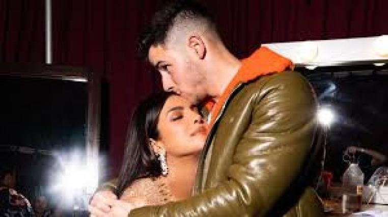 Priyanka Chopra and Nick Jonas' € 17 million property in Los Angeles features an infinity pool and a lovely patio