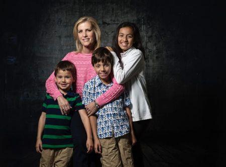 Laura Ingraham with her Children (1)