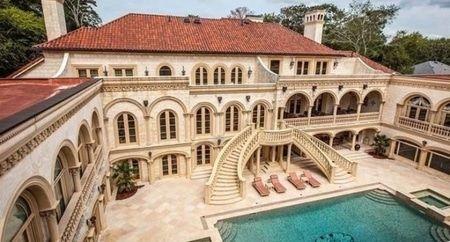 Lee's Mansion