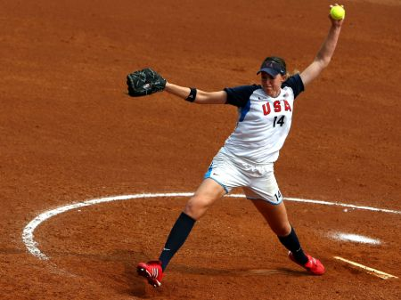 Monica Abbott Pitching (1)