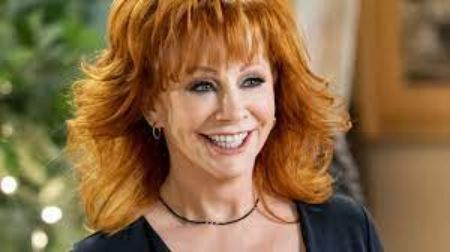 Reba McEntire after experiencing plastic surgery