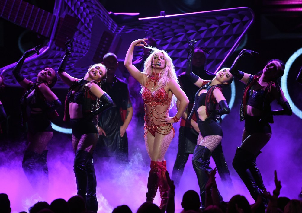 """2016 BILLBOARD MUSIC AWARDS - Theatre - The """"2016 Billboard Music Awards"""" broadcast airs live from T-Mobile Arena in Las Vegas on Sunday, May 22, at 8:00 p.m. EDT / 5:00 p.m. PDT on ABC. (Photo by Kevin Winter/Getty Images via ABC)"""