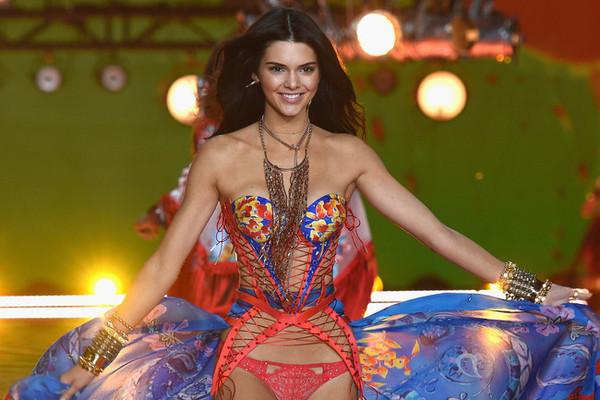 Kendall Jenner walks in the 2015 Victoria's Secret Fashion Show Photo by: Getty Images