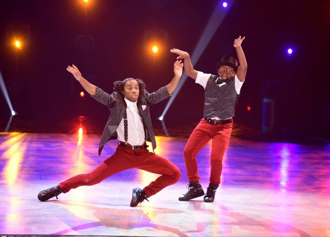 "SO YOU THINK YOU CAN DANCE: Top 9 contestant Kida Burns (L) and all-star Fik-Shun (L) perform a Hip-Hop routine to ""Panda"" choreographed by Dave Scott on SO YOU THINK YOU CAN DANCE airing Monday, July 25 (8:00-10:00 PM ET live/PT tape-delayed) on FOX. ©2016 FOX Broadcasting Co. Cr: Michael Becker"