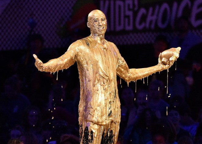 Honoree Kobe Bryant accepts the Legend Award and gets slimed onstage during the Nickelodeon Kids' Choice Sports Awards 2016 at UCLA's Pauley Pavilion on July 14, 2016 in Westwood, California. Photo: Dave Mangels/Getty Images