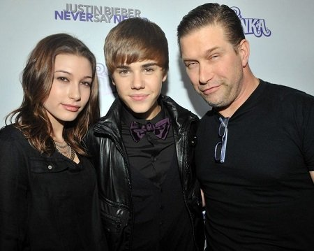 Justin Bieber (center) asked for father Stephen Baldwin's (right) blessing before marrying wife, Hailey Baldwin (right). Photo from 5/6 years ago.