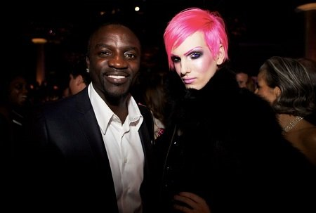 Akon with Jeffree Star.