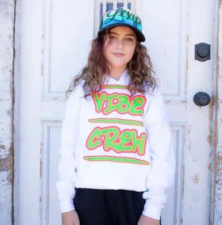 Vibe Crew Lexy Kolker Age, Bio
