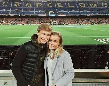 Frenkie de Jong and his girlfriend Mikky Kiemeney visited Barcelona in 2015.