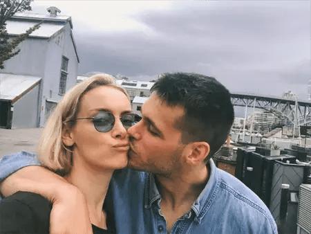 Rachel Skarsten and her boyfriend Alexandre Robicquet.
