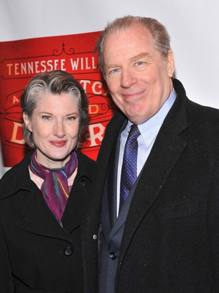 Annette O'Toole is currently married to her second husband Michael McKean.