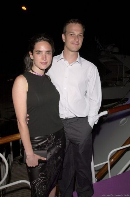 Jennifer Connelly and Josh Charles' dating endeavors lasted for three years.