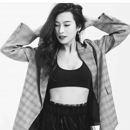 Spinning Out Jenn Yu actress Amanda Zhou's net worth is estimated at $150,000.