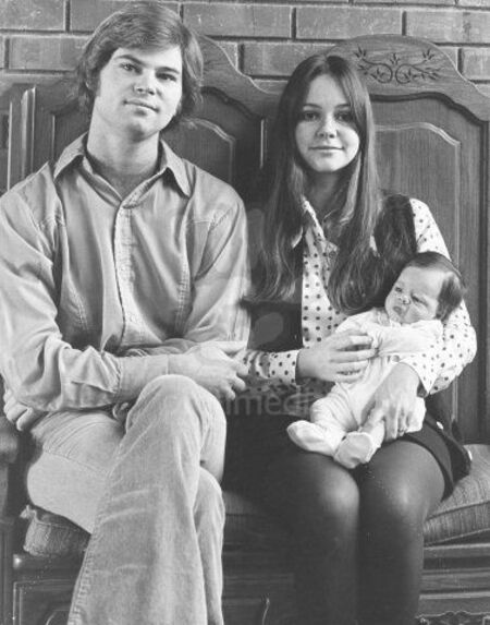 Sally Field with her first husband Steven Craig.