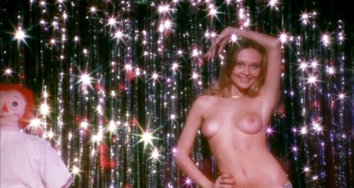 Guthrie nackt Lynne  Jennifer Lynne