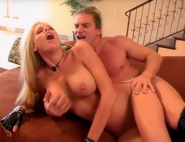 Nicole Sheridan Nude Pictures 89