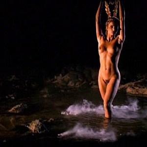 Shana Hiatt Nude Photos 23