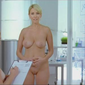 Elave nothing to hide naked commercial