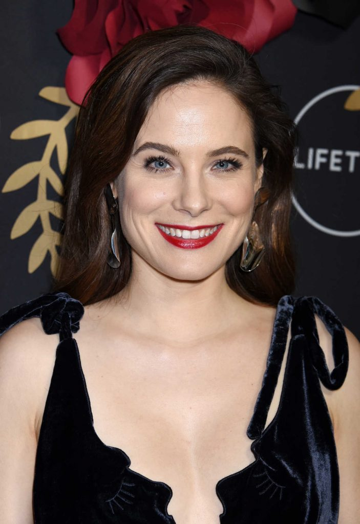 Caroline Dhavernas At Unreal And Mary Kills People