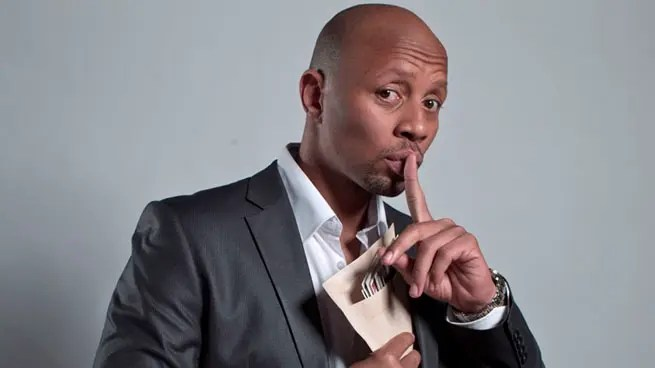 Hardcore P0RN links removed from Phat Joe's Twitter account