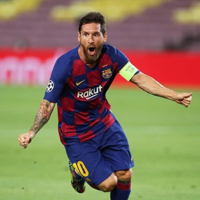 Lionel Messi's father disputes Barcelona release clause
