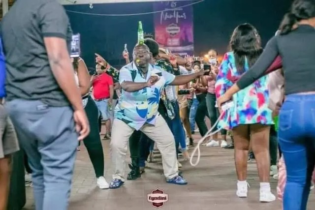 Viral-47-year-old-man-who-dances-with-a-Beer-bottle-on-his-head-speaks-out5