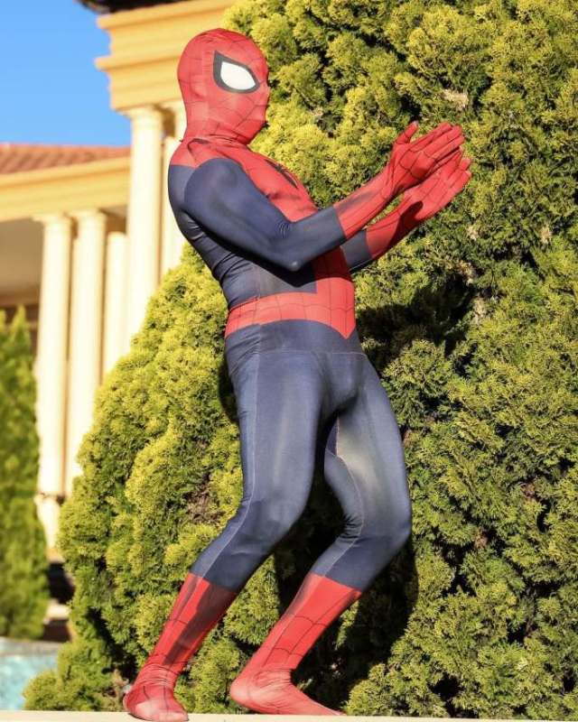 Spider-Man-shows-up-at-Anele-Mdoda-birthday-party-and-it-was-lit
