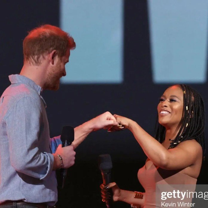 Nomzamo Mbatha rubs shoulders with Prince Harry – Video