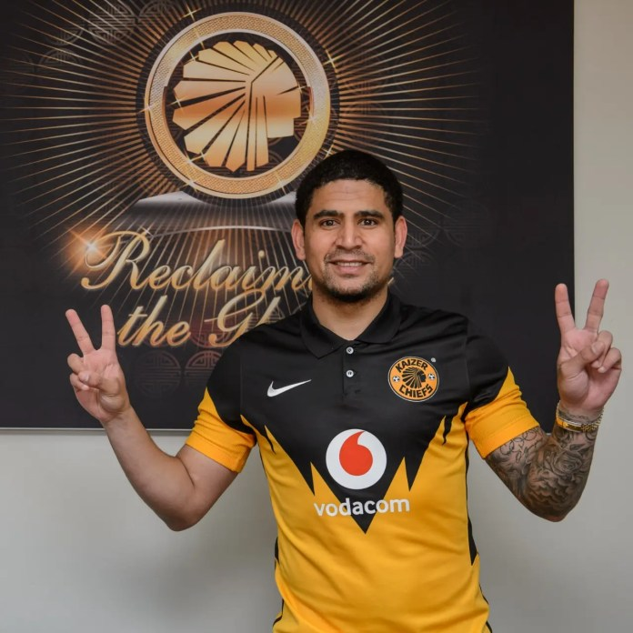 Kama Billiat and Keagan Dolly reunite as Dolly signs for Kaizer Chiefs