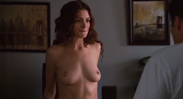 Anne Hathaway Love And Other Drugs 2010