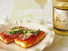 サラミとチーズの豆腐ピザ