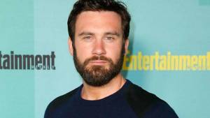 Clive Standen Height, Weight, Age, Wiki, Biography, Net Worth, Facts