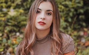 Alyssa Shouse Bio, Wiki, Age, Boyfriend, Height, Net Worth, Facts