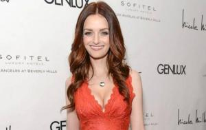 Lydia Hearst Biography, Age, Height, Husband, Net Worth, Facts