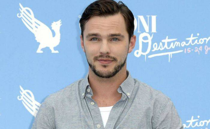 Nicholas Hoult Height, Weight, Age, Wiki, Biography, Net Worth, Facts
