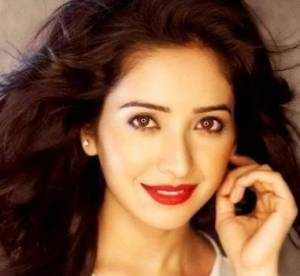 Asha Negi Height, Weight, Age, Biography, Wiki, Husband, Family