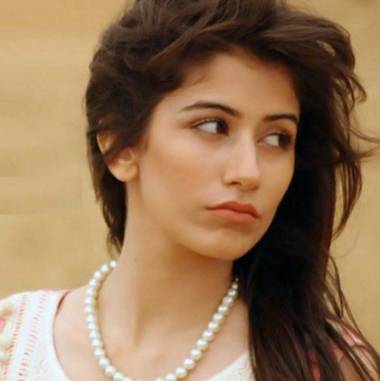 Syra Shehroz Height, Age, Weight, Wiki, Biography, Husband & More