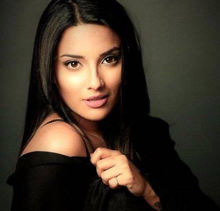 Jyotii Sethi Height Weight Age Wiki Biography Husband & Family