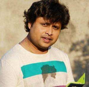 Yogesh Tripathi Height, Age, Weight, Wiki, Biography, Wife & More