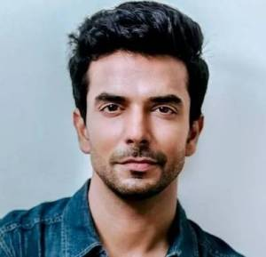 Manit Joura Height, Age, Weight, Wiki, Biography, Girlfriend & More